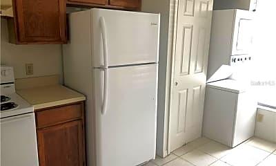 Kitchen, 2236 Stonington Ave, 1