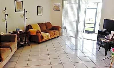 Living Room, 3710 Inverrary Dr 1Q, 1