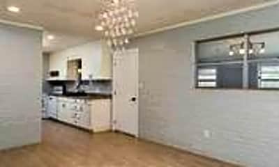 Living Room, 716 Daffodil Ave, 0