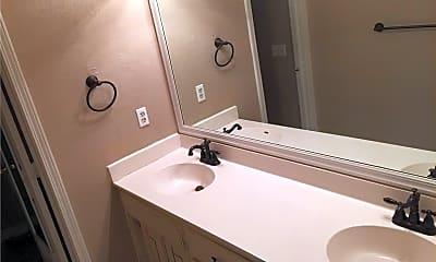 Bathroom, 4004 Clark Ave, 2