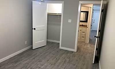 Bedroom, 302 N Montevideo Ave, 2