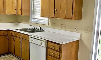 Kitchen, 215 Jefferson Ridge Rd, 1