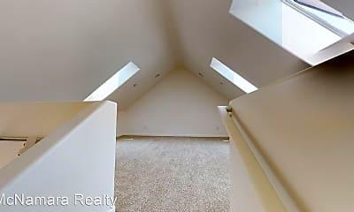 Bedroom, 626 Broad St, 1