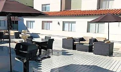 Pool, 975 San Pasqual St, 2