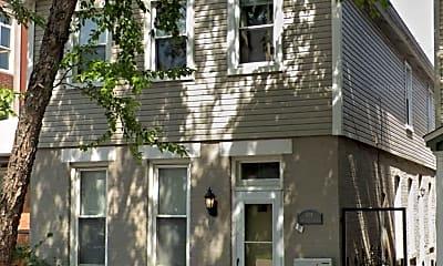 Building, 905 S Aberdeen St, 2