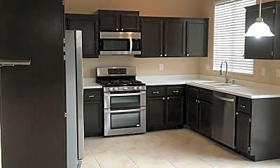 Kitchen, 2640 Spruce Creek Dr, 1