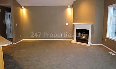 Living Room, 17725 SW Zenith Pl, 1