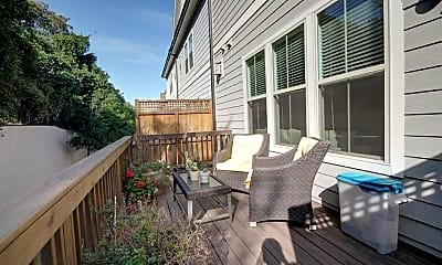 Patio / Deck, 588 Henry Dr SW, 2