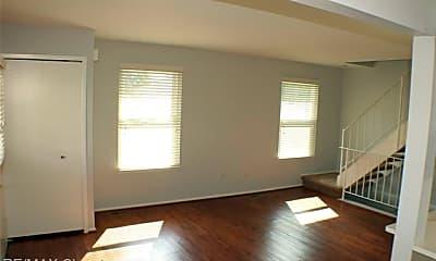 Living Room, 234 Neptune Dr, 1