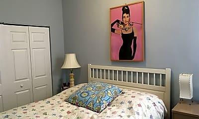 Bedroom, 3625 N Wilton Ave, 1