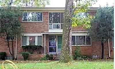 Building, 17286 Bentler St, 0