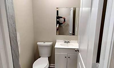 Bathroom, 5535 Crowson St, 1