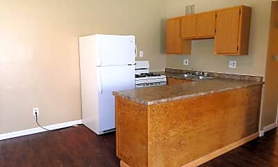 Kitchen, 843 Dawnview Ct, 1