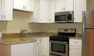 Kitchen, 1427 Green St, 0