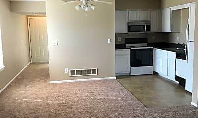 Kitchen, 101 NE Dogwood, 1