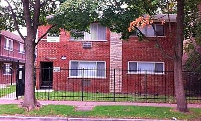 8308 S Ingleside Avenue, 2