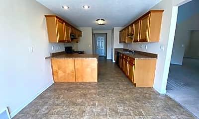 Kitchen, 9146 Glen Cove, 1