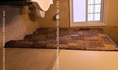 Bathroom, 5444 Juniper Dr, 2