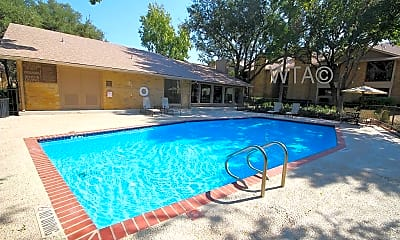 Pool, 6061 De Zavala Rd, 1