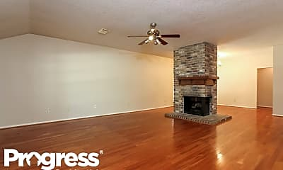 Living Room, 131 W Golden Arrow Cir, 1