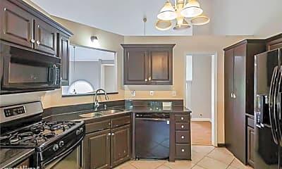 Kitchen, 60 Eagle Lake Dr, 1