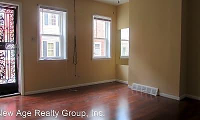 Building, 524 N Douglas St, 1