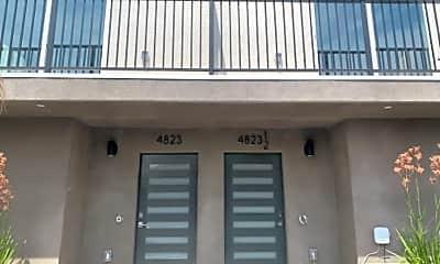 Building, 5615 1/2 Riverton Ave, 0