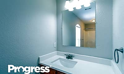 Bathroom, 2113 Tippy Ter, 2