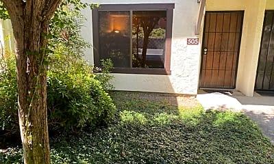 Patio / Deck, 505 Del Valle Cir, 1
