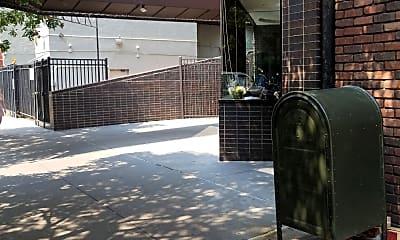 Bleeker Court, 2