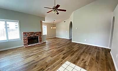 Living Room, 1548 Belmont Park Rd, 1