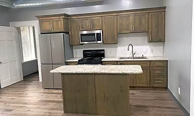 Kitchen, 105 E Franklin St, 1