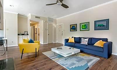 Living Room, 6004 Auburndale Ave B, 1