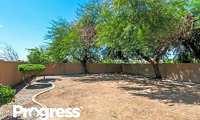 1223 W Mesquite Tree Ln, 2
