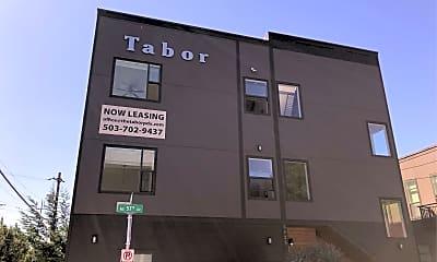 Tabor Burnside Apartments, 1