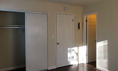Kitchen, 420 E Rose St, 1