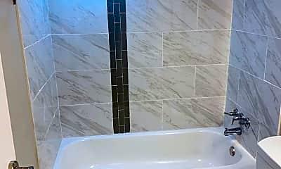 Bathroom, 408 Sharon Road, 1