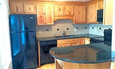 Kitchen, 745 Thomas Dr, 1