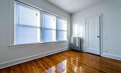 Living Room, 7110 S Ridgeland Ave, 2