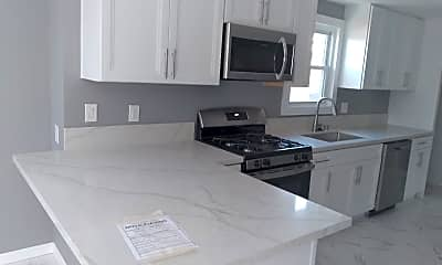 Kitchen, 4762 Castle Ave, 0