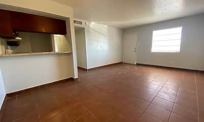 Living Room, 4700 Maxwell Ave 38, 1
