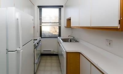 Kitchen, 321 W Oak St, 1