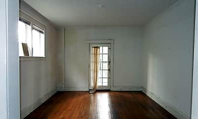 Living Room, 2107 Park Ave, 0