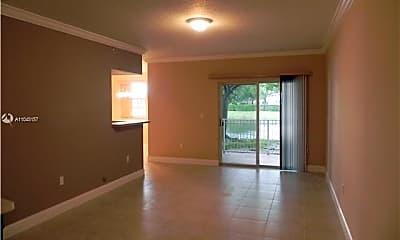 Living Room, 160 SW 117th Terrace 6102, 2