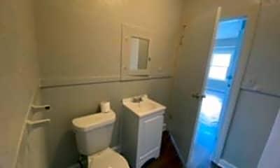 Bathroom, 1946 Fairmount Ave 202, 2