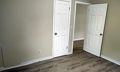 Bedroom, 413 S 2nd St, 2
