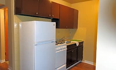 Kitchen, 4401 Chippewa St, 1