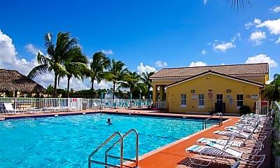 Pool, 1536 SE 25th St, 2