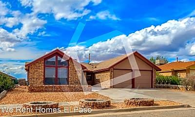 Building, 621 Hempstead Dr, 1