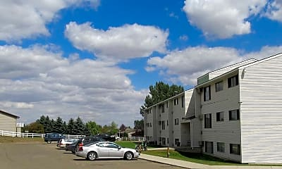 Building, Ridge View Apartments, 2